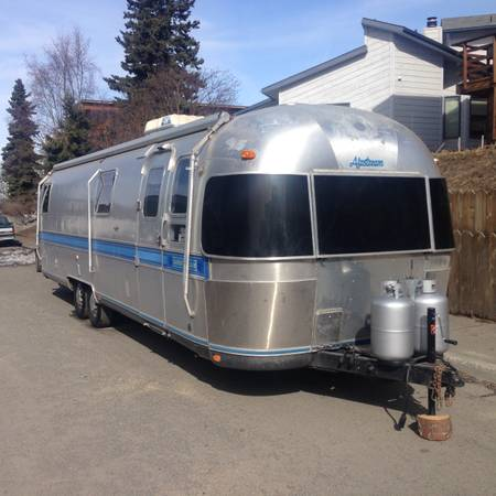 Beautiful FOR SALE 2009 Winnebago Chalet ANCHORAGE AK Camper And RV Classifieds