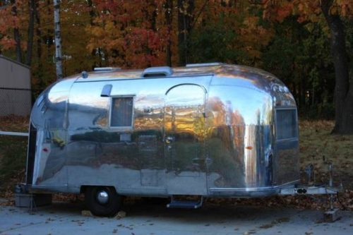 1964 Airstream Globetrotter 19ft Travel Trailer For Sale
