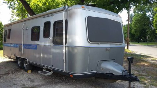 1989 Airstream Land Yacht 28FT Travel Trailer For Sale in ...